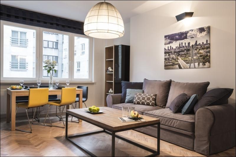 Apartment NOWOGRODZKA with A/C, vacation rental in Warsaw