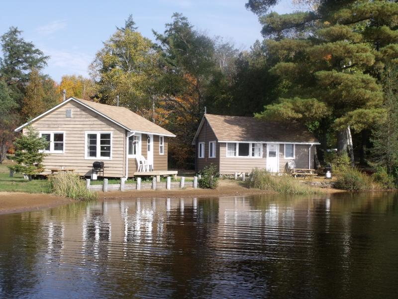 Canoe cottage 7 and Beaver Cottage 8 LAKEFRONT both sleep MAXIMUM 5
