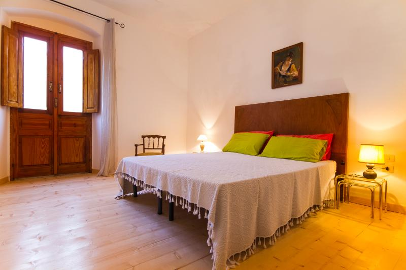 Little house in the historic centre, vacation rental in San Giovanni Suergiu