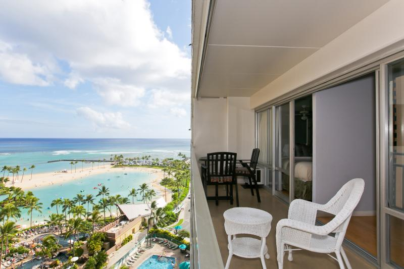OCEAN LAGOON SUITE (2) BEDROOMS Has Air Conditioning and ...