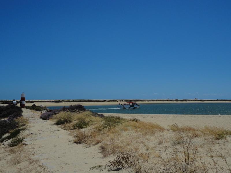 Fuseta walking small beach