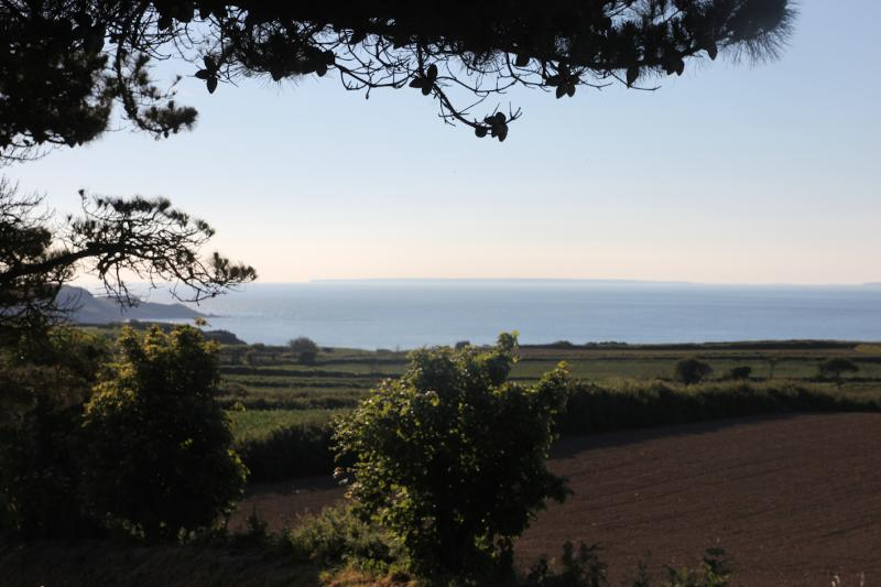 The view. A rural location with direct access to cliff path walks. A short walk to the beach.