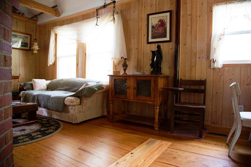 Vista salón sofá lateral