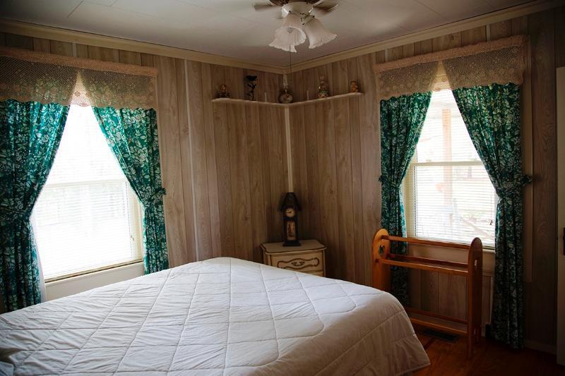 Vista de la ventana del dormitorio principal