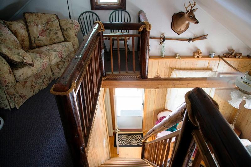 Superior vista Escalera Loft