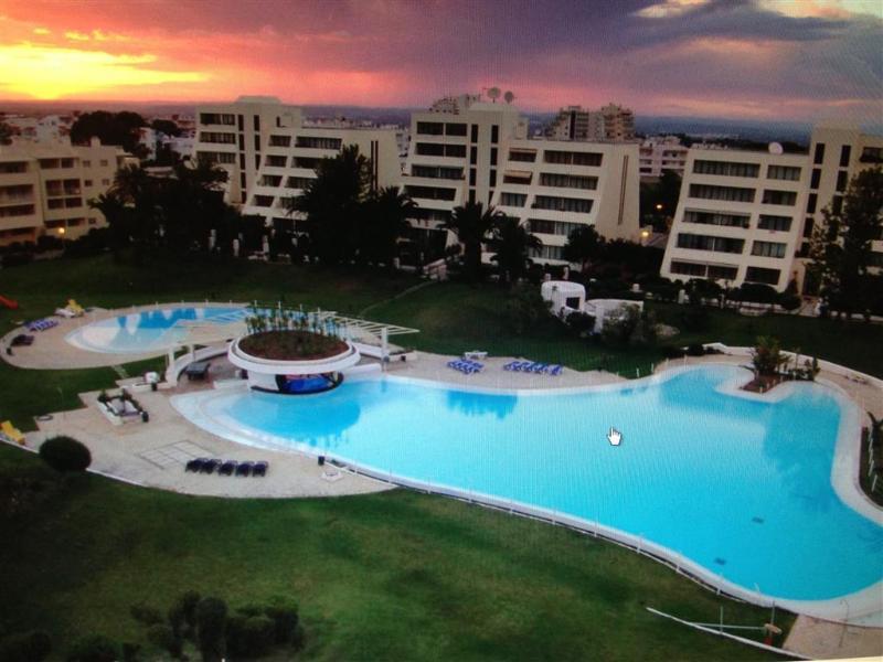 Duplex  Apartment Vila Marachique T3 - Alvor, location de vacances à Alvor