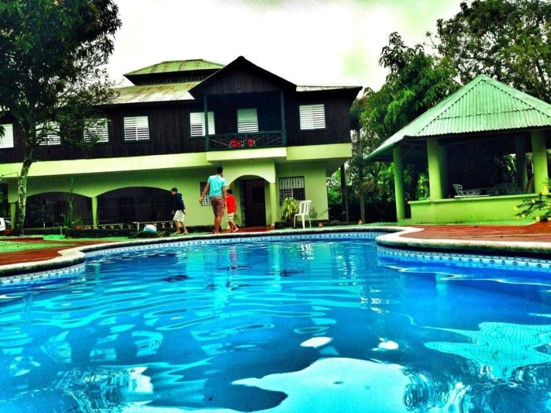 Estancia Lindas Colinas, holiday rental in Monsenor Nouel Province