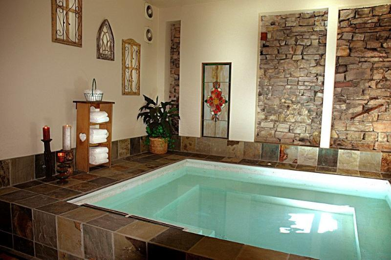 Indoor Jacuzzi at the Blue Church Lodge
