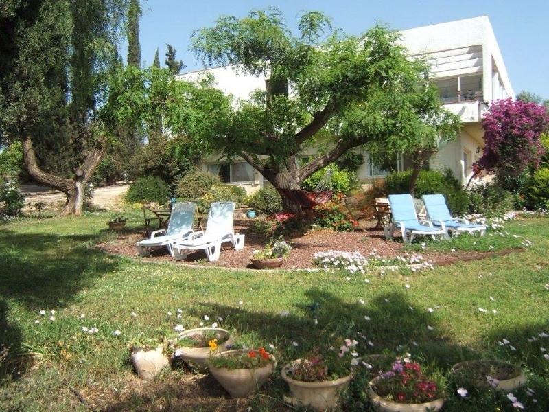 Pinabagalil in Chorazim ,over the Sea of Galilee., holiday rental in Qatsrin