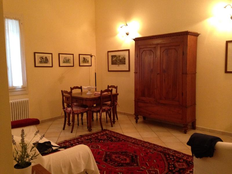 Trilocale in zona centralissima, vacation rental in Gambellara