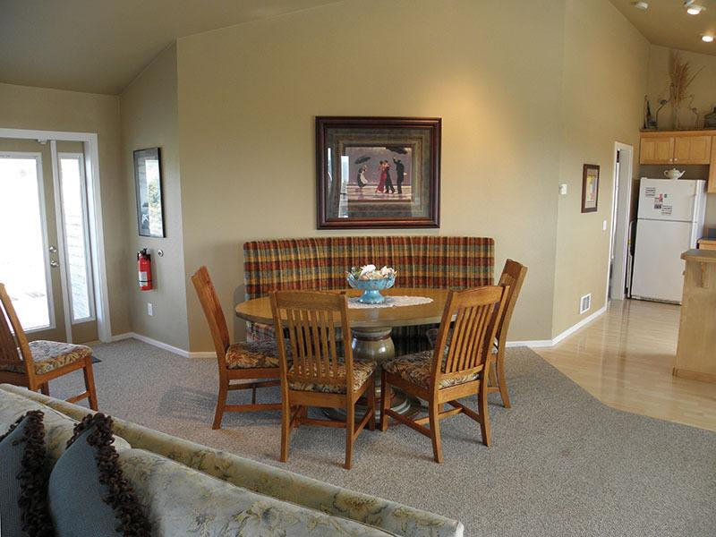 Check out the dining area at Maggie's!