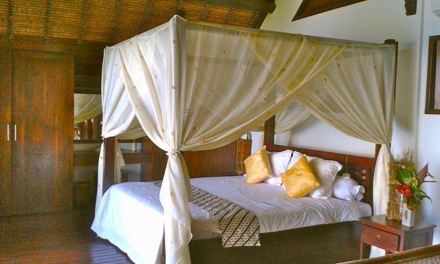 Amazing Bedroom 4 upstairs - kingsize bed - huge balcony - commanding view of the sea