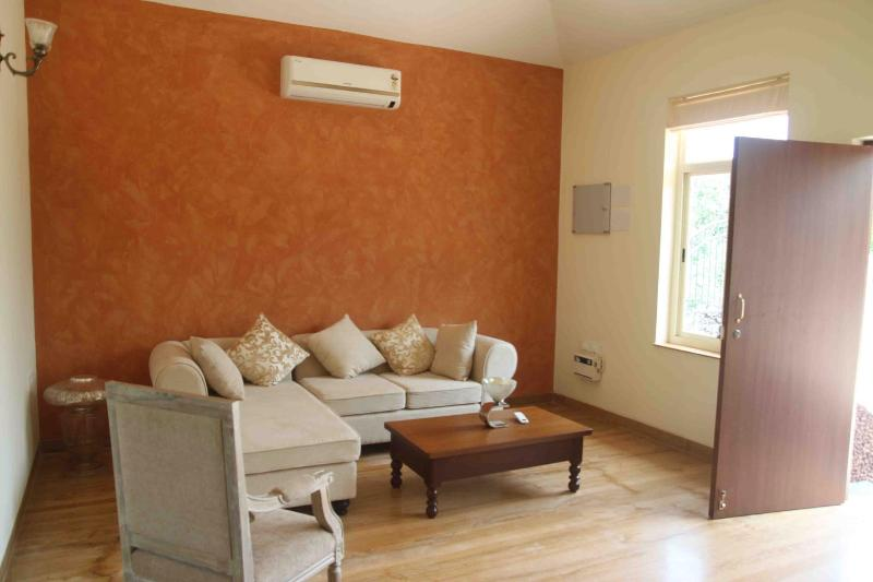 Offer North Goa - Casa Karah - Peace & Quiet - House, holiday rental in Parra
