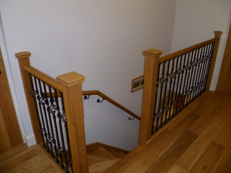 Oak landing and staircase