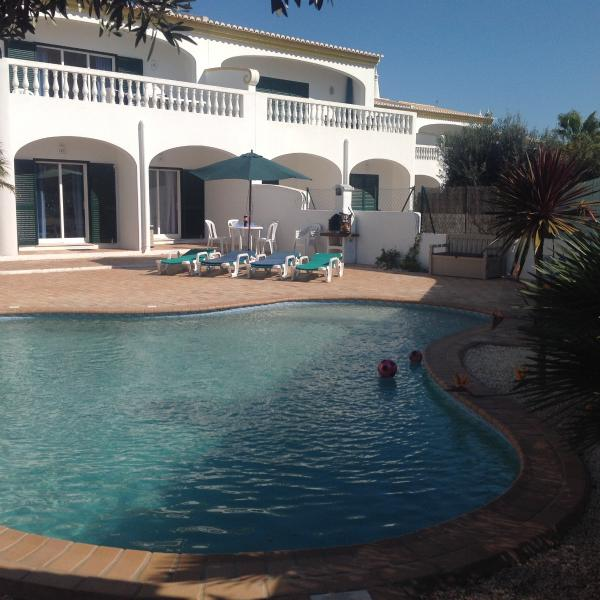 vista da Villa e piscina