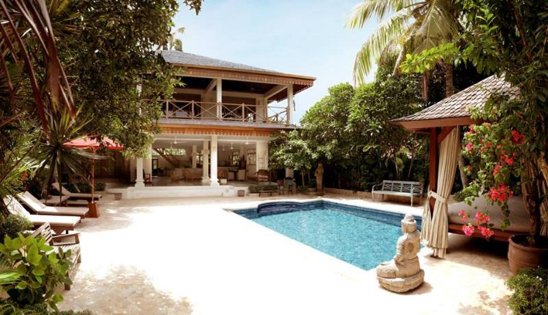 Villa Varuna 5 mns walking to double six beach, holiday rental in Legian