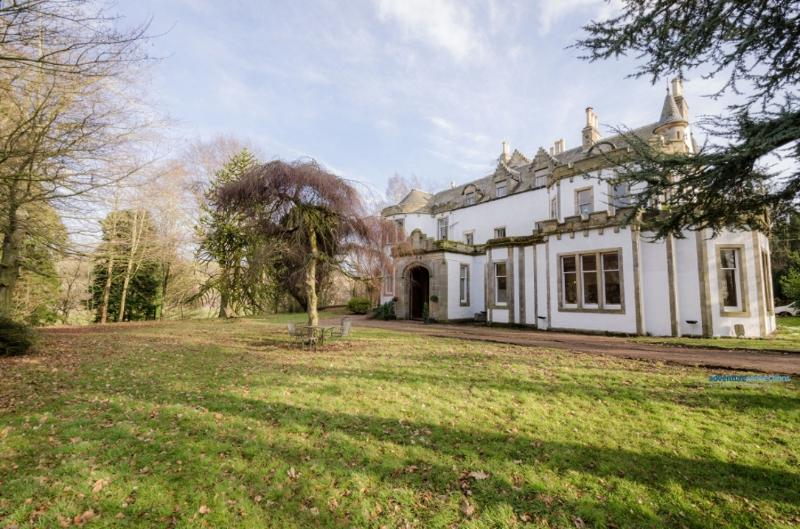 Harvieston Hall, vacation rental in Roslin