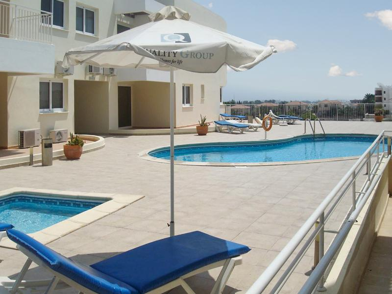 Beautiful apt with shared pool, vacation rental in Oroklini