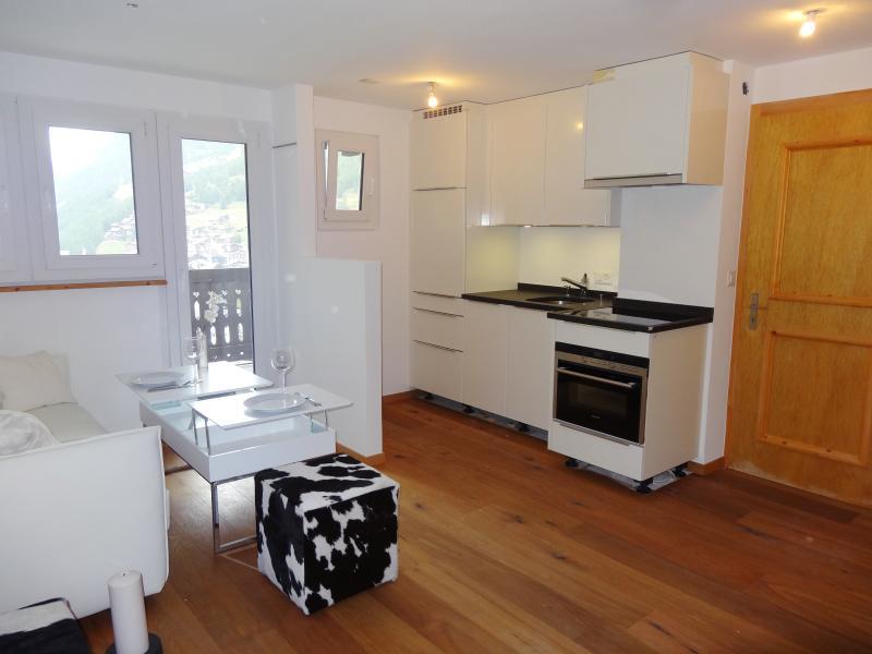 1-Room-Appartement Layra im Haus Triftbach, vacation rental in Zermatt