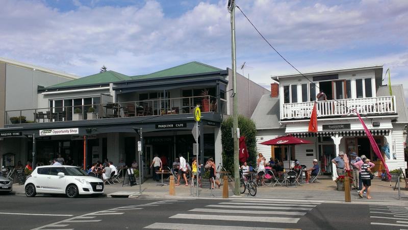 Point Lonsdale's friendly village with cafes, shops, wine bar.