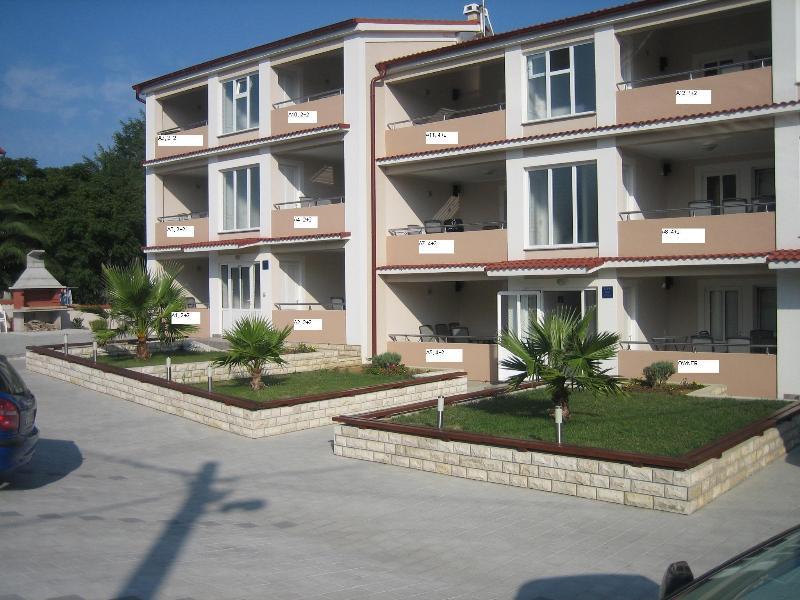 Apartments Rešetar A1-A12