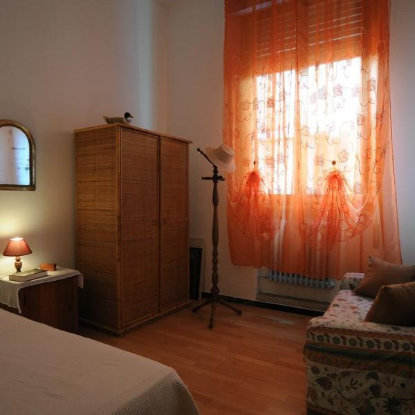 The room DJERBA is a single with a 120 cm bed.