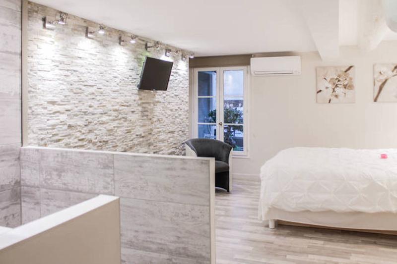 Chambre / habitación ' Côté Cour N ° 1'