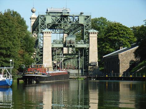 Für Technik-Freaks ein Muß, ganz in unserer Nähe, das 1899 gebaute Schiffshebewerk Henrichenburg!