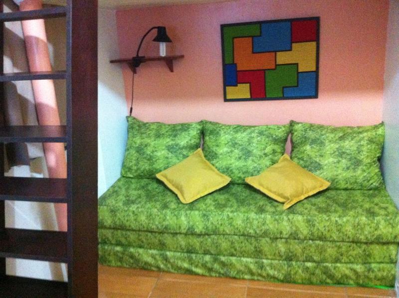 Sofa cama de espuma ortopedica, 3 camas.
