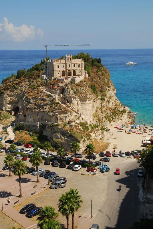 Tropea's Santa Maria dell'Isola