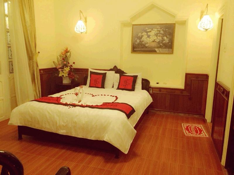 Home Hotel, holiday rental in Hue