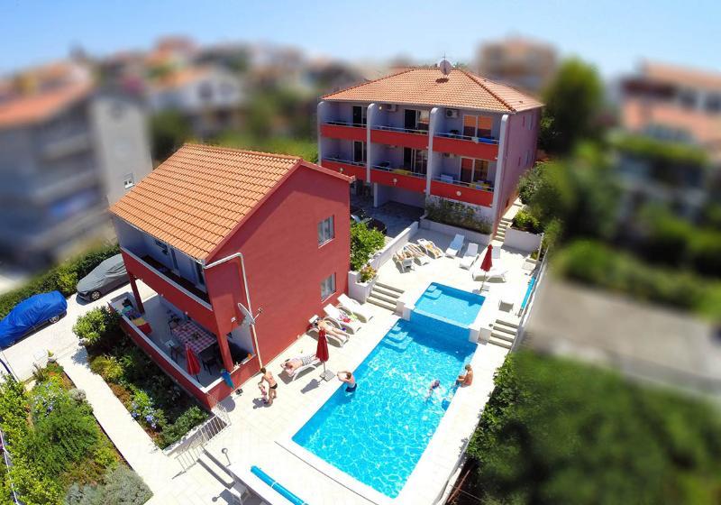 Stina (2+2), vacation rental in Seget Vranjica