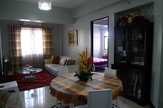 Sarasota, Newport Blvd, Pasay City, Manila Condo, holiday rental in Samar Island
