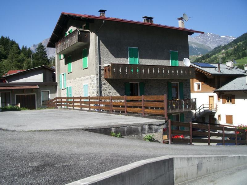 casa colturi vacanza a Bormio sci e terme, location de vacances à Valdisotto