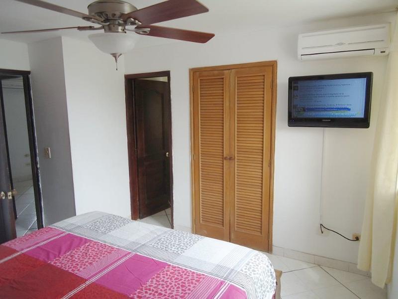 Alcoba principal - Master bedroom