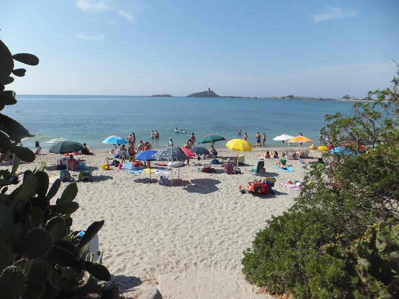 The white sandy beach of 'Bai di Nora'