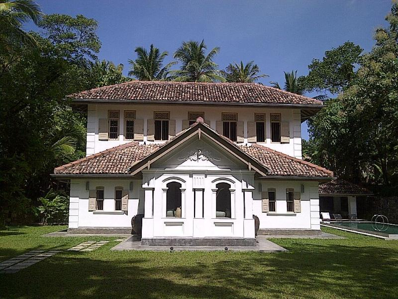 Old Clove House, a fully renovated and modernised Sri Lankan antique house.