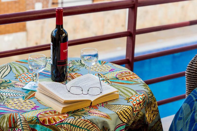 1 Bedroom Apt, Air - Con, Swimming Pool, Very Close To Beach Cabanas De Tavira., alquiler vacacional en Cabanas