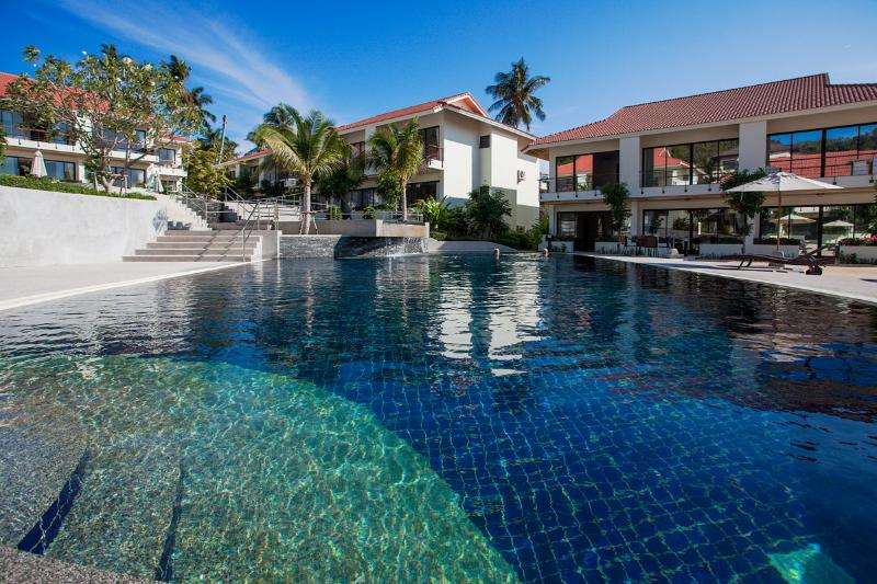 Luxury townhouse with 3 bedrooms on Choengmon beac, holiday rental in Choeng Mon
