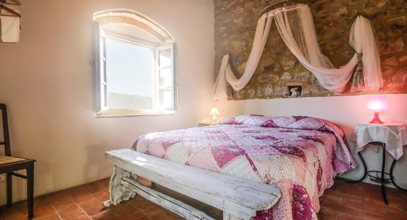 Tuscany 9 bedroom luxury villa with pool and spa, vacation rental in Volterra