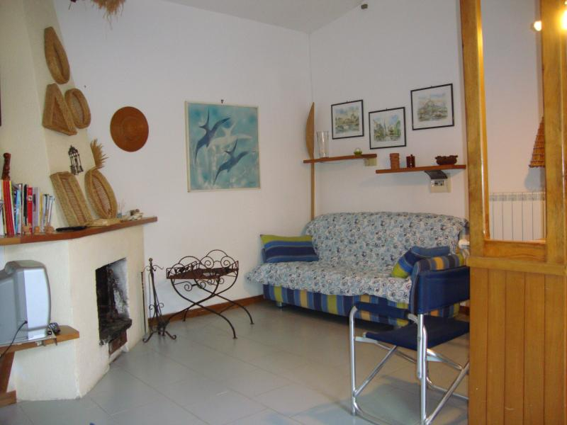 home in sea and ulives, holiday rental in Lentiscosa