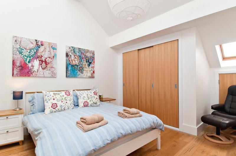Self contained master bedroom suite on the top floor, with ensuite bathroom