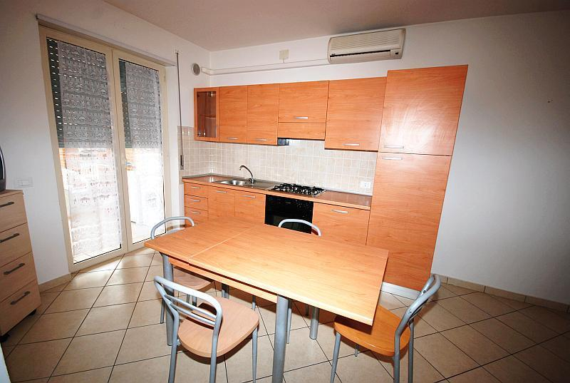 AgenziaPetra.it - appartamenti Leopardi - Alba Adriatica
