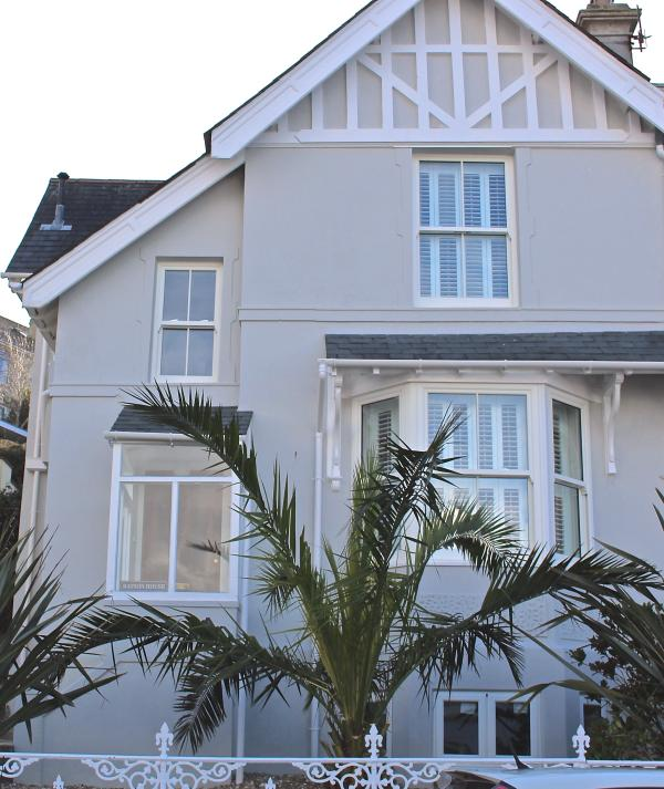 Batson House Salcombe, stylish 4 bedroom house, sleeps 10.