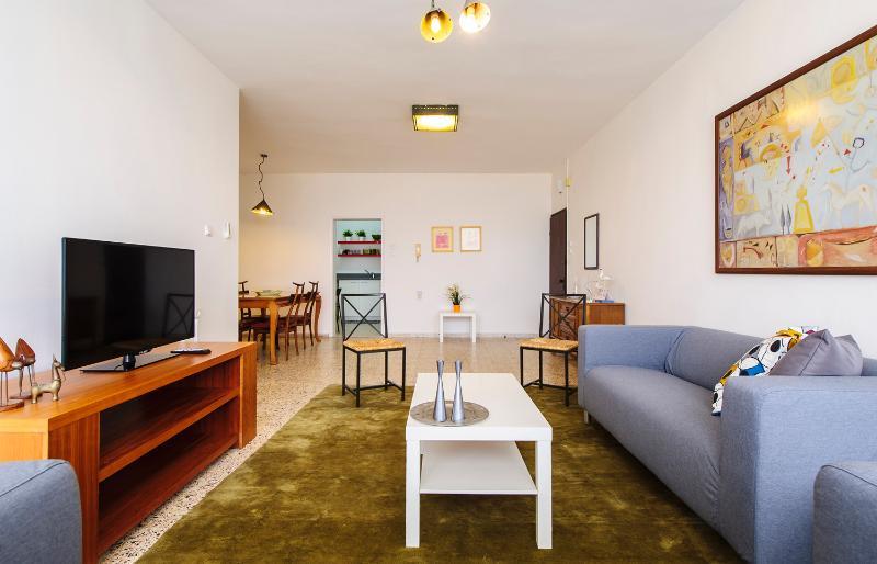 3 bedrooms Apartment Kfar Saba  #47, holiday rental in Hod Hasharon
