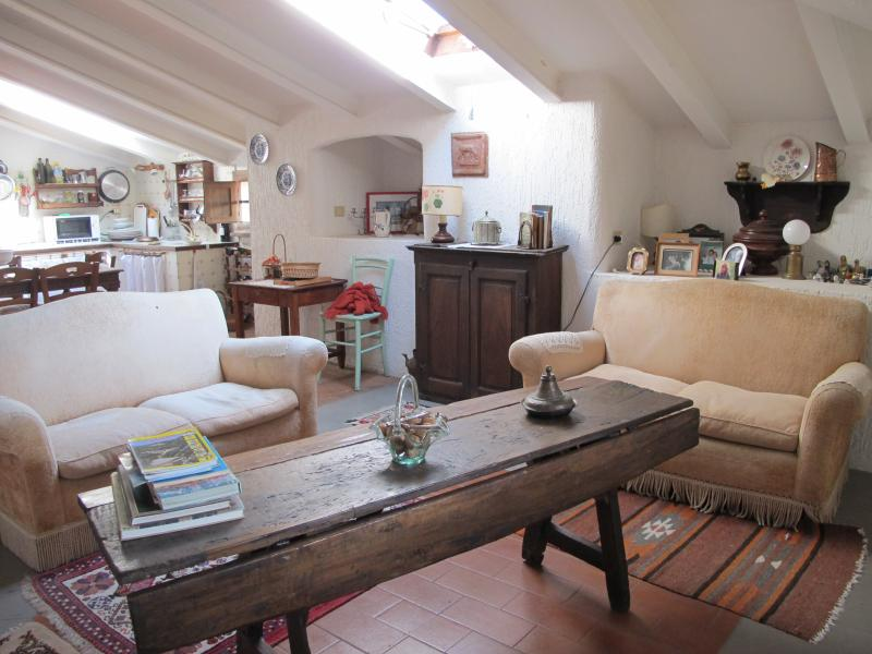 sweet tuscan attic, vacation rental in Montiano