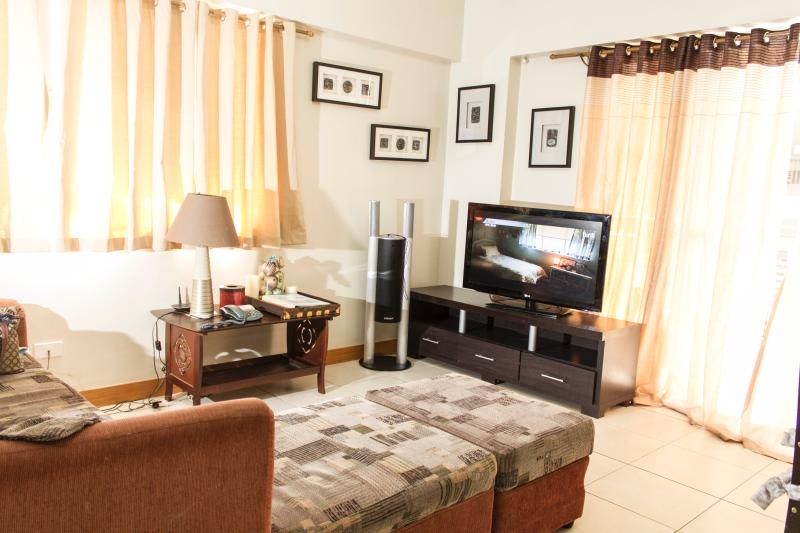 Living Room with 37inch LCD TV w/ Cable, WiFi and Sound System