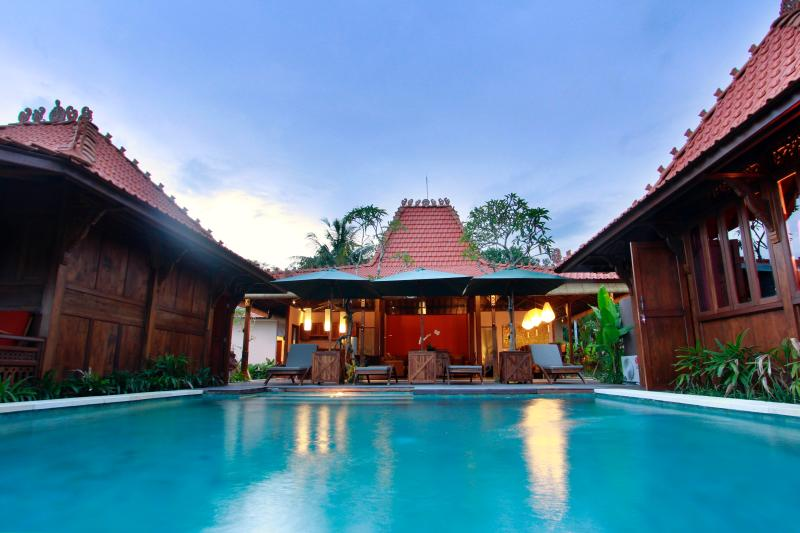 Villa D'Carik 1: villa in the rice fields of Sayan, vakantiewoning in Ubud