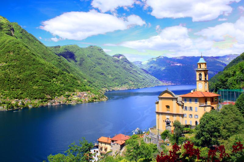 STUNNING LAKEFRONT - Villa Gabriella - Sleeps 4, holiday rental in Como