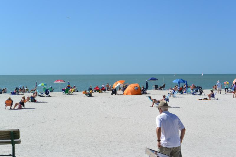 public access to Marco Island south beach entrance just acrost the street from Seaview